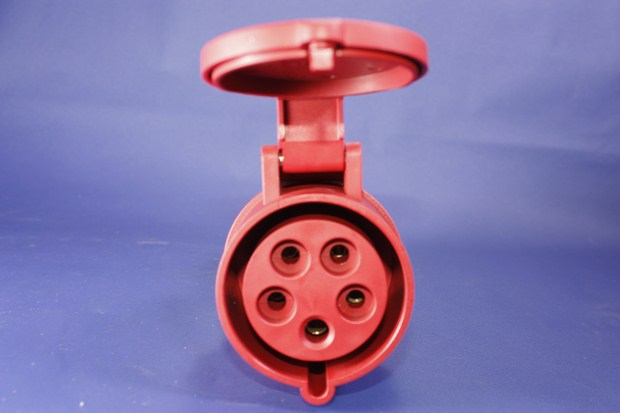 Phích nối không kín nước BEK-2152